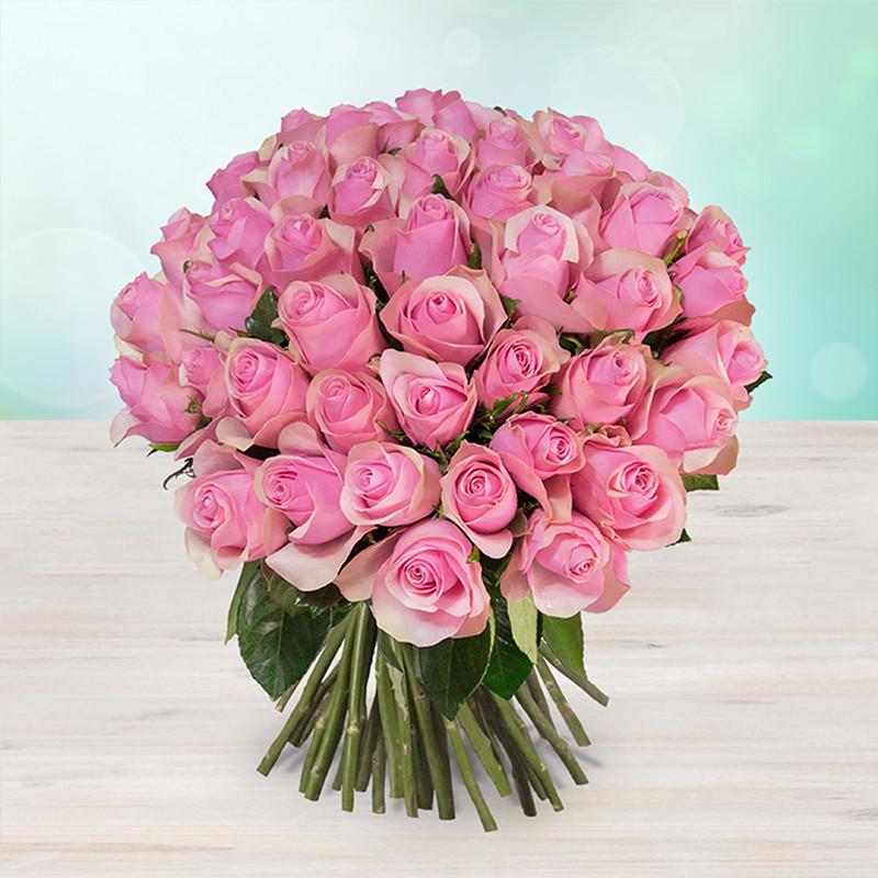 Kytice 100 světle růžových čerstvých růží